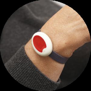 bracelet-teleassistance-slide
